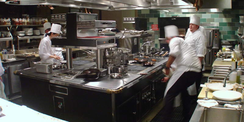 Van zutphen service care for food equipment for V kitchen restaurant